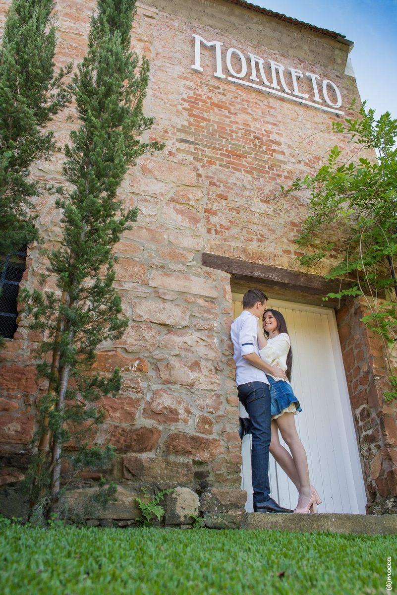 pre wedding, ensaio casal, ensaio fotográfico, amor, colinas, casa morreto