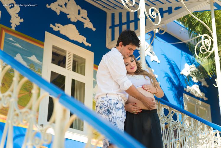 Foto de Valéria e Guilherme esperando a Helena