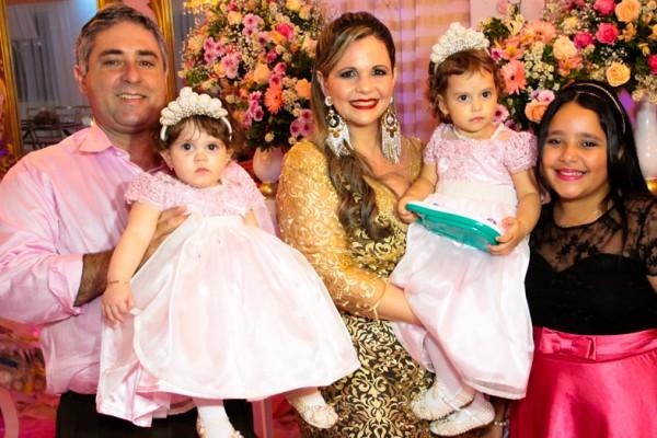 Infantil de A FESTA DAS PRINCESAS HELLENA E HELLOÍSA