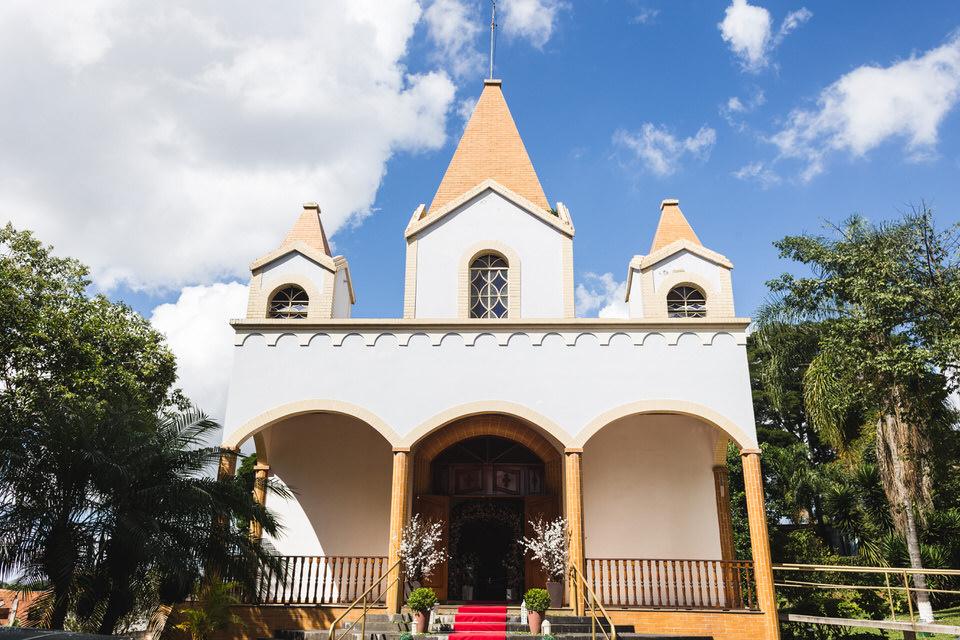 Capela do Espaço Lá Capella lindo lugar para fazer fotos de casamento