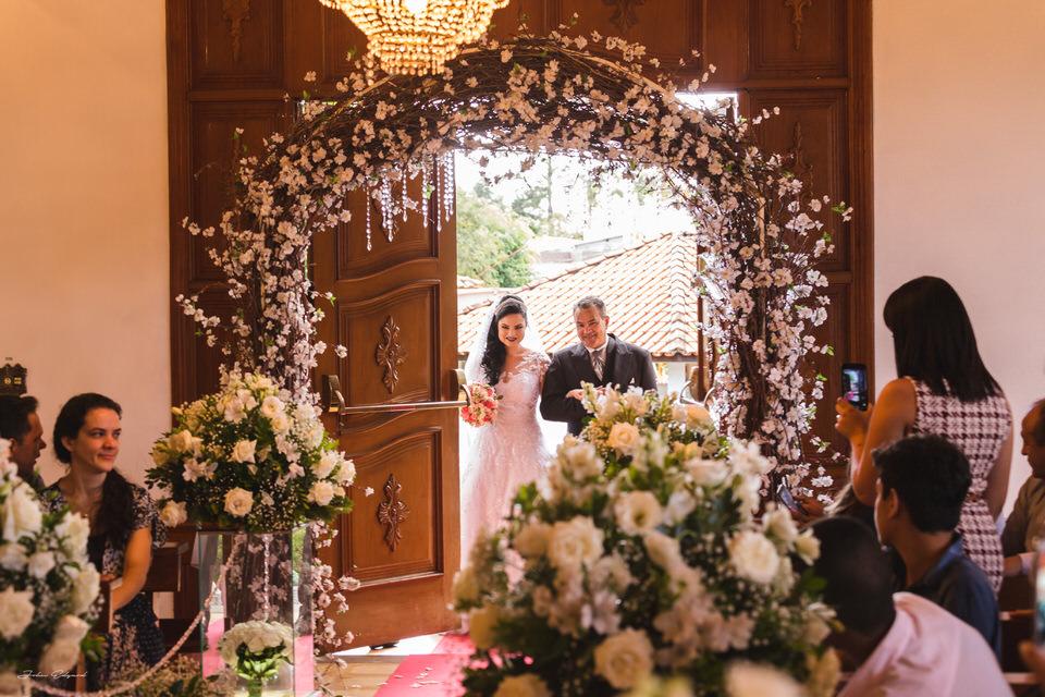 Entrada da noiva com seu pai