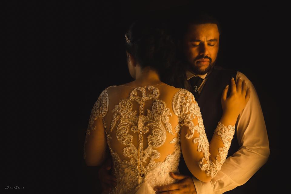 Fotos dos noivos em Poá-SP
