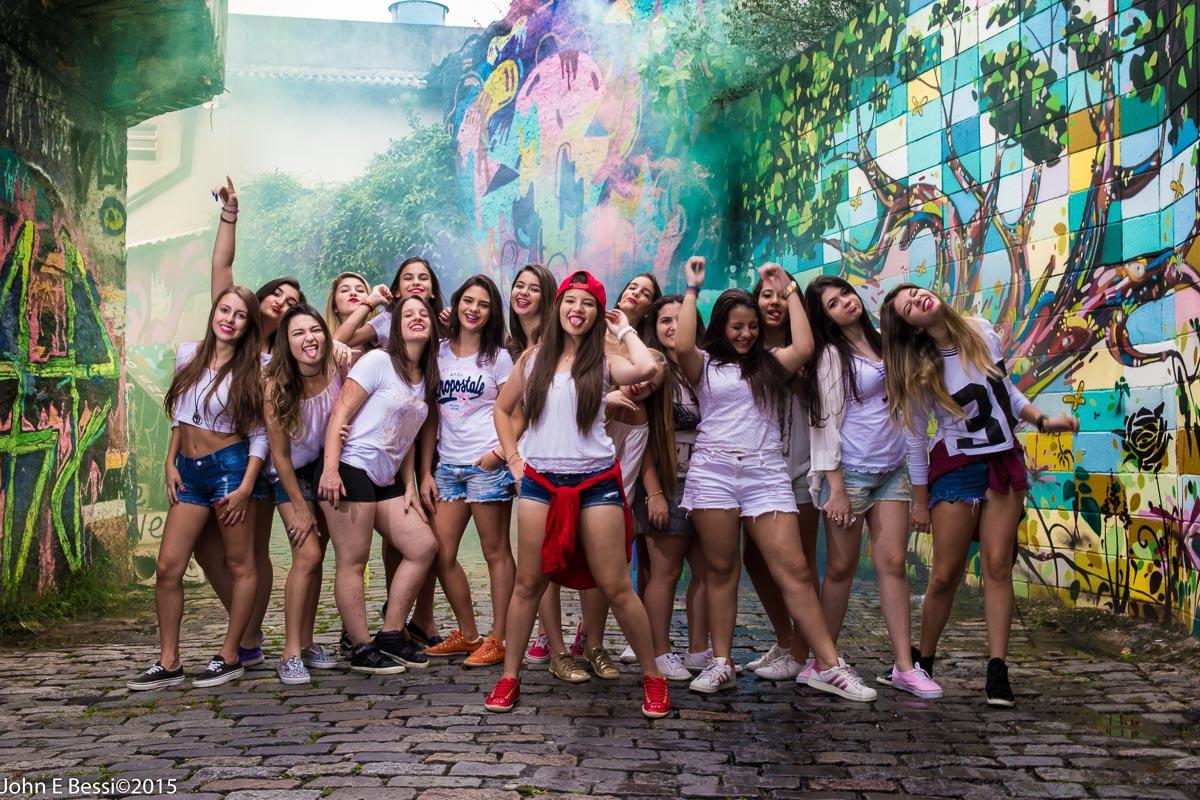 beco do batman, book debutante fotos São Paulo metrô, fotografo de 15 anos em São Paulo, fotografo 15 anos sp, fotografo de 15 anos sp fotografo de debutante, festa 15 anos sp, fotos 15 anos Tatuapé, fotógrafo 15 anos Tat