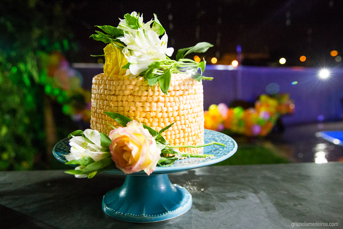 bolo da festa de aniversário tema havaiano
