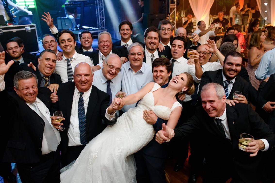 Imagem capa - Como tornar sua festa de casamento mais divertida por Marcelo Foto