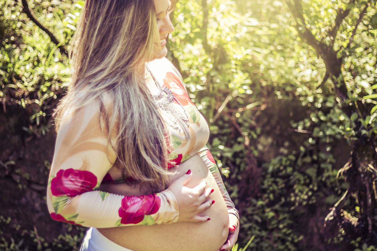 ensaio-gestante-em-santos-ensaio-de-gravida-book-gestante-gestacional-ensaio-externo-familia-santos-sp