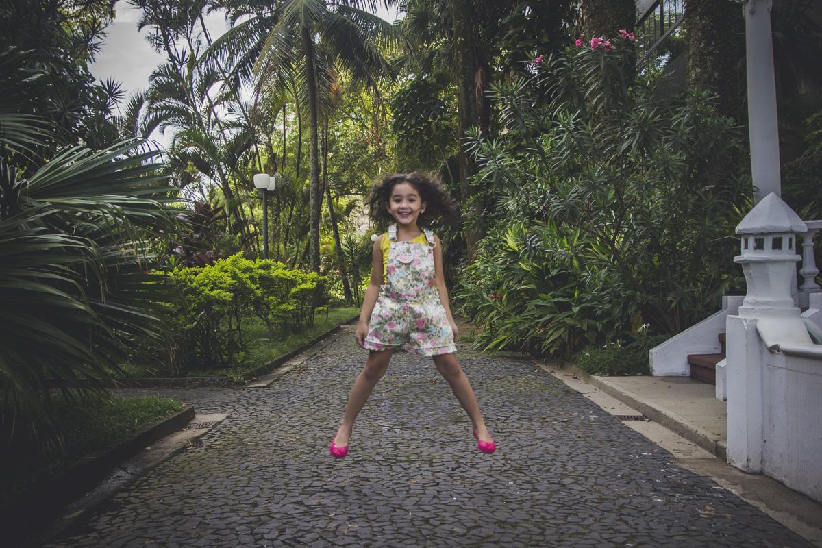 ensaio-fotografico-infantil-de-crianca-pinacoteca-benedito-calixto-ensaio-book-infantil-book-fotografico-santos-sp-gilberto-servo-fotografo-servostudio-fotografia