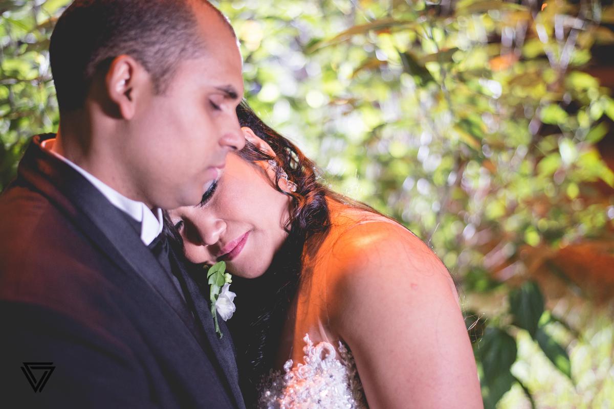 #Photograph #Fotografia #Fotografo #Fotografodecasamento #Casamento #wedding #photos #beauty #Noiva #Noivo #Vestidodenoiva #Cerimonia #Festa #RJ #Happy #Smile #Buque  #Make #MakeNoiva