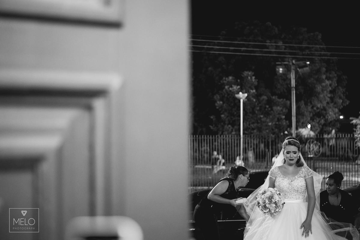 O grande dia da Aline e do Vitor foi simplesmente perfeito, depois de dois ensaios maravilhoso finalmente chegamos ao dia tão esperado! Nós rimos, brincamos, choramos e dançamos juntos! Em todos esses anos de fotografia nós enc