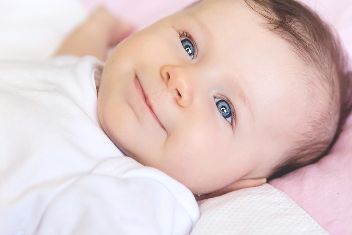 Eu disse que quando estes olhos abrem, o mundo para. É uma honra registrar o crescimento desta belezinha.
