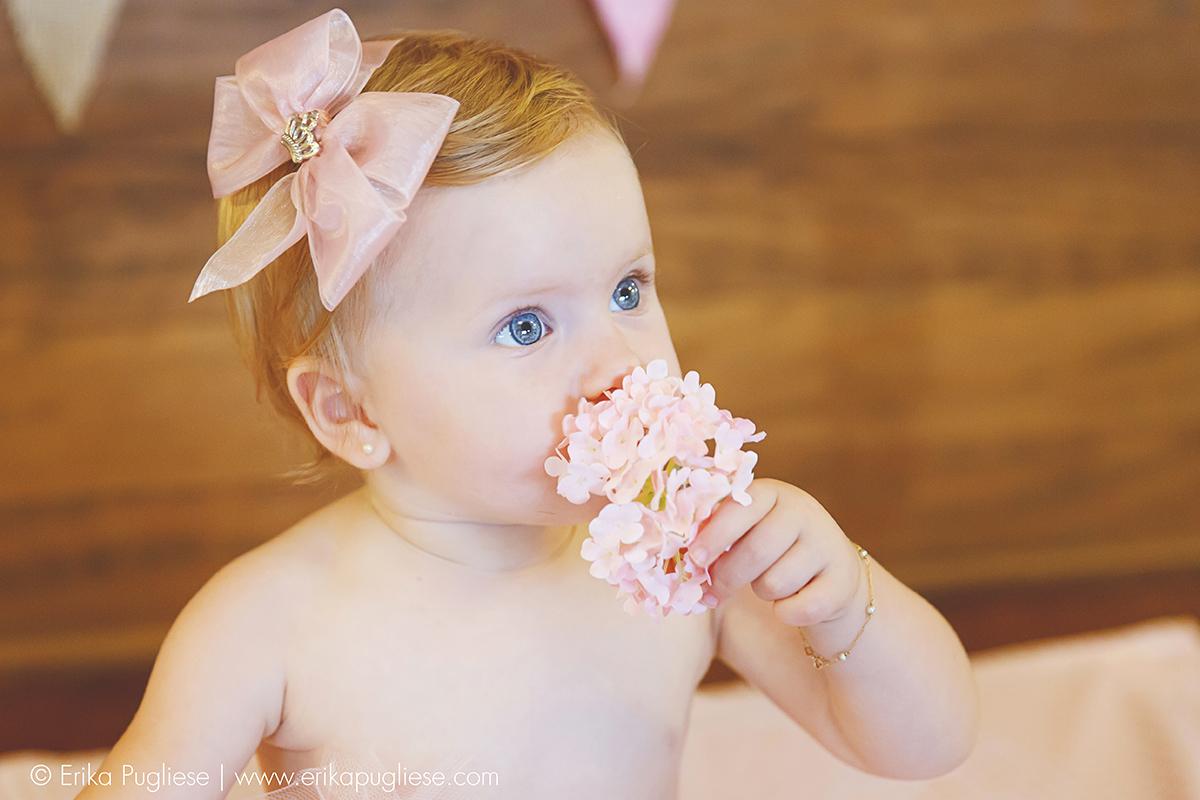 Cheira a florzinha, princesa. Smash the cake da vivi