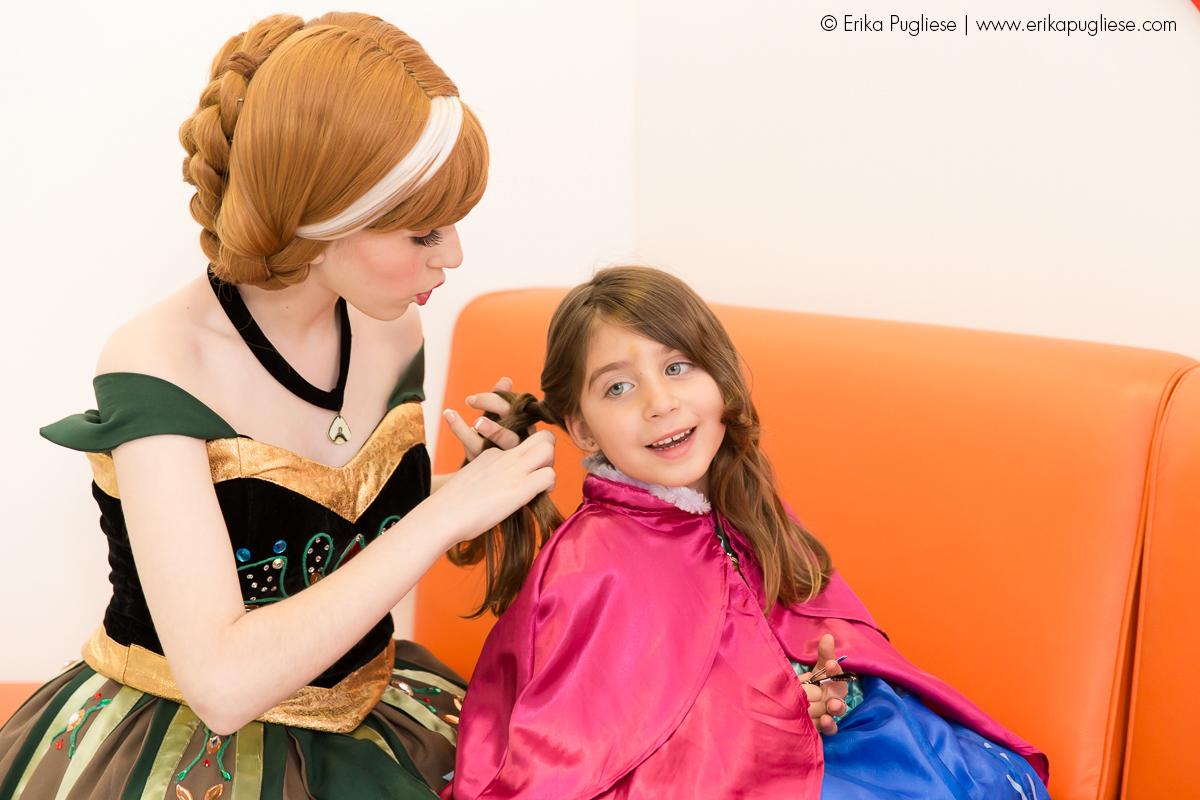 Fotografia de evento Fazendo o cabelo com a Ana. Aniversário Infantil - Sofia e Olívia