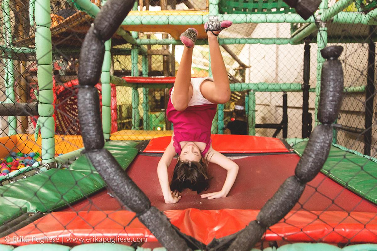 Aniversário Fotografia  Infantil Laura - 1 ano Ana Luisa se divertindo