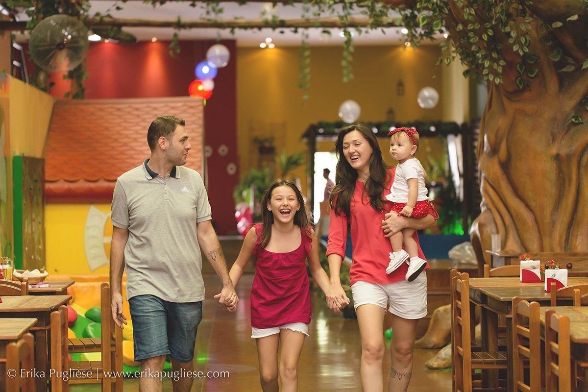 Aniversário Infantil Laura -  Fotografia  1 ano - Família Chegando