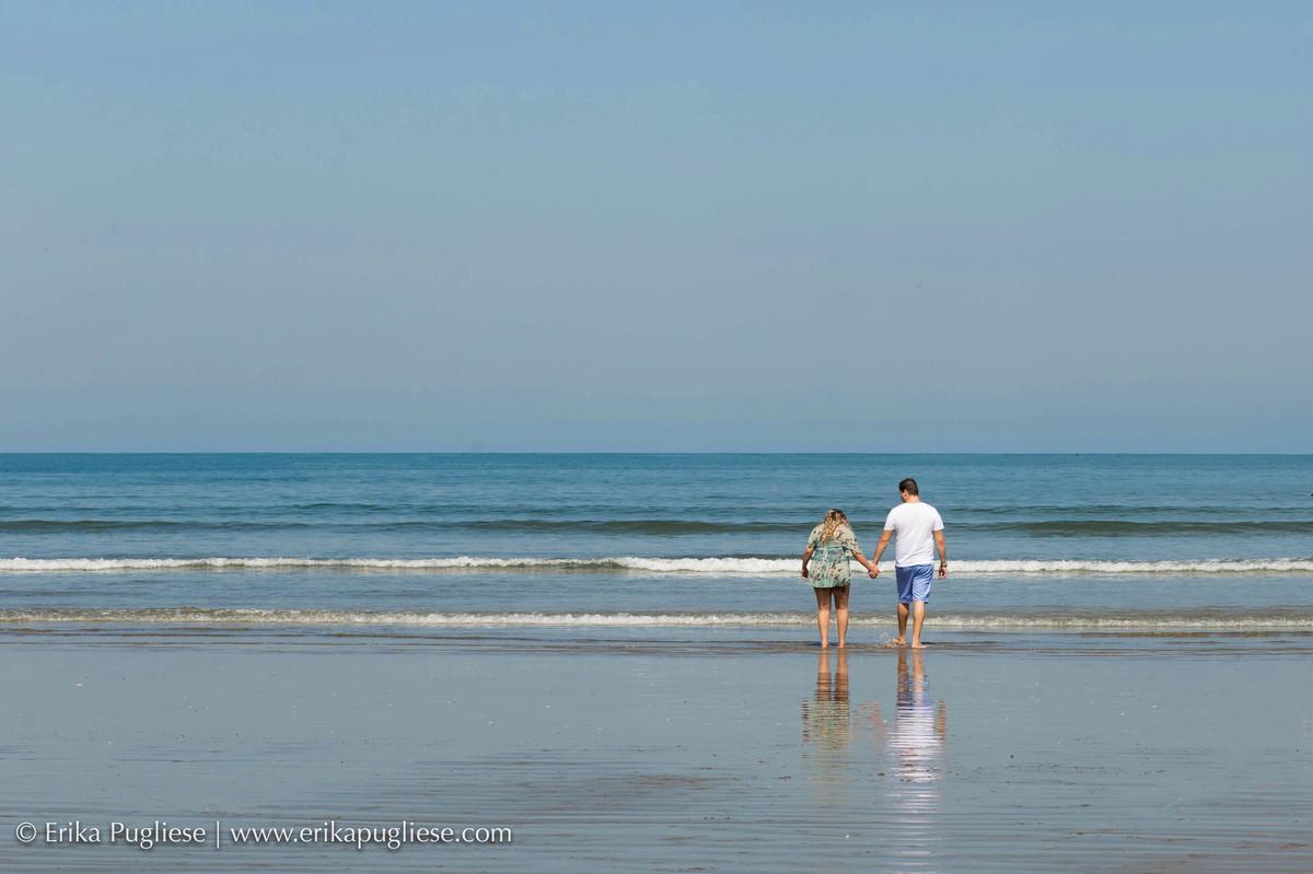 O mar é o refúgio deste casal e registramos tudo no ensaio de gestante da Carol esperando o Bernardo