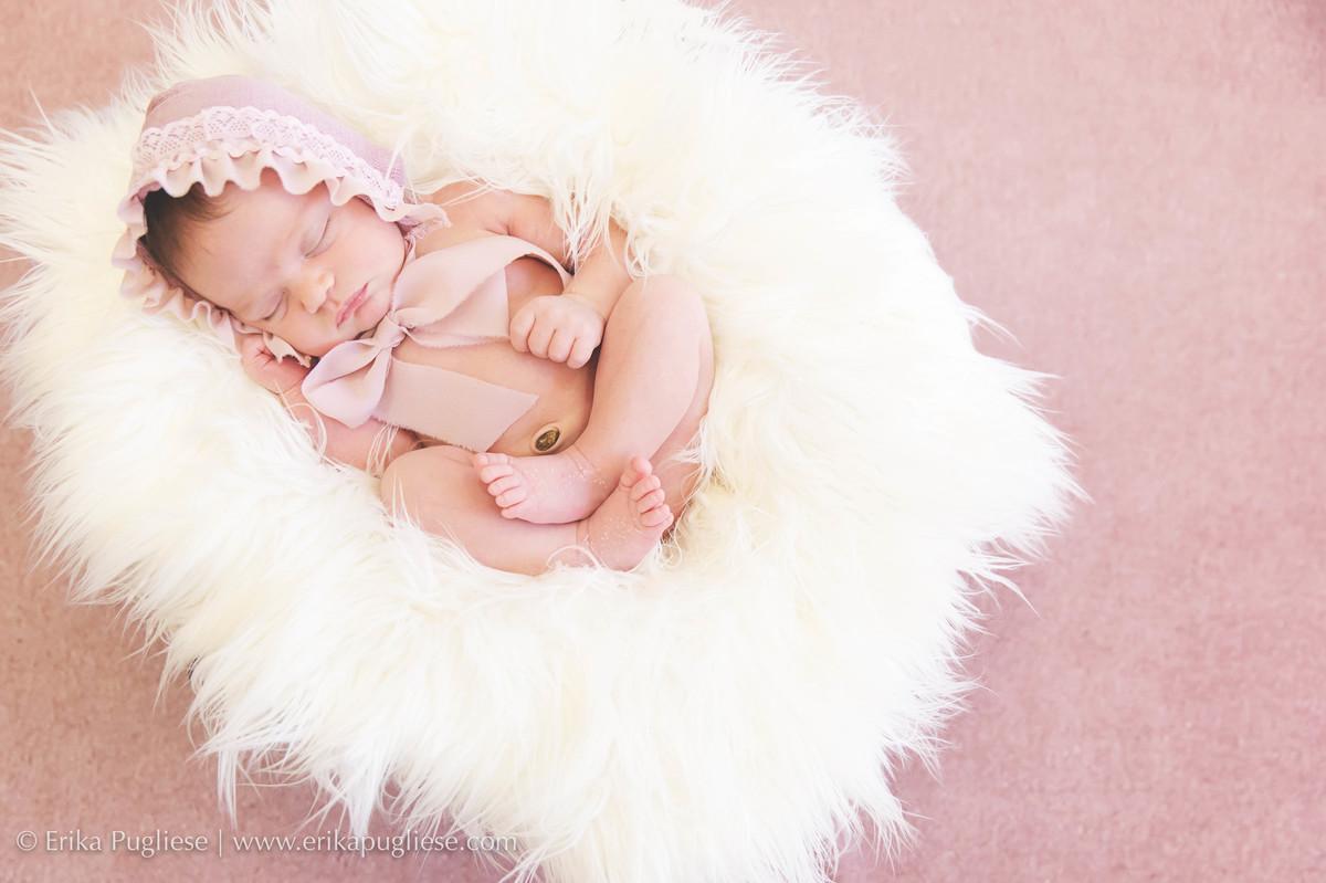 Muita foto fofa no ensaio de newborn da Manu