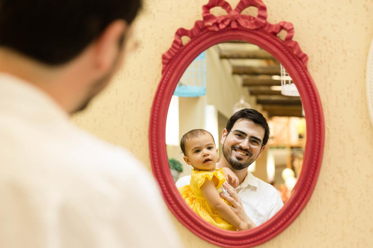 Foto da bebê Nina com o papai