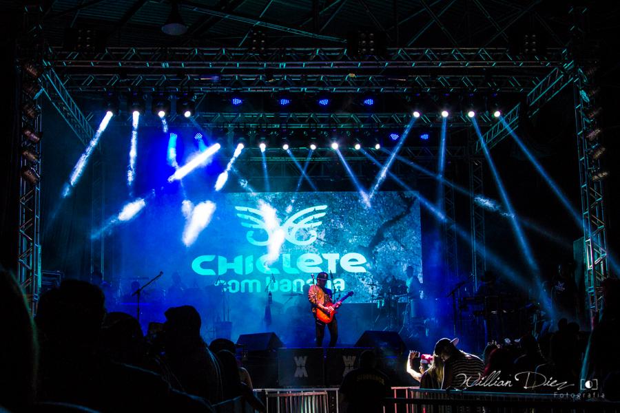 Foto de Chiclete com Banana na Peruada 2016
