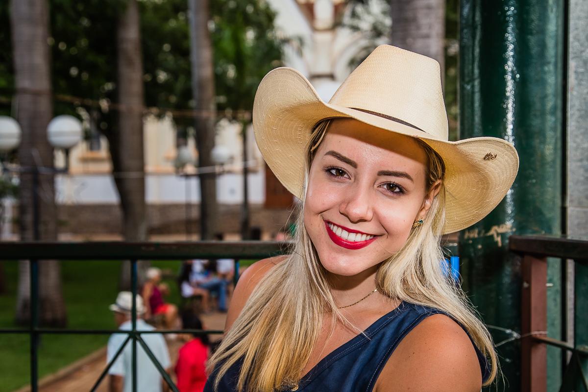 Sabrina Violeira