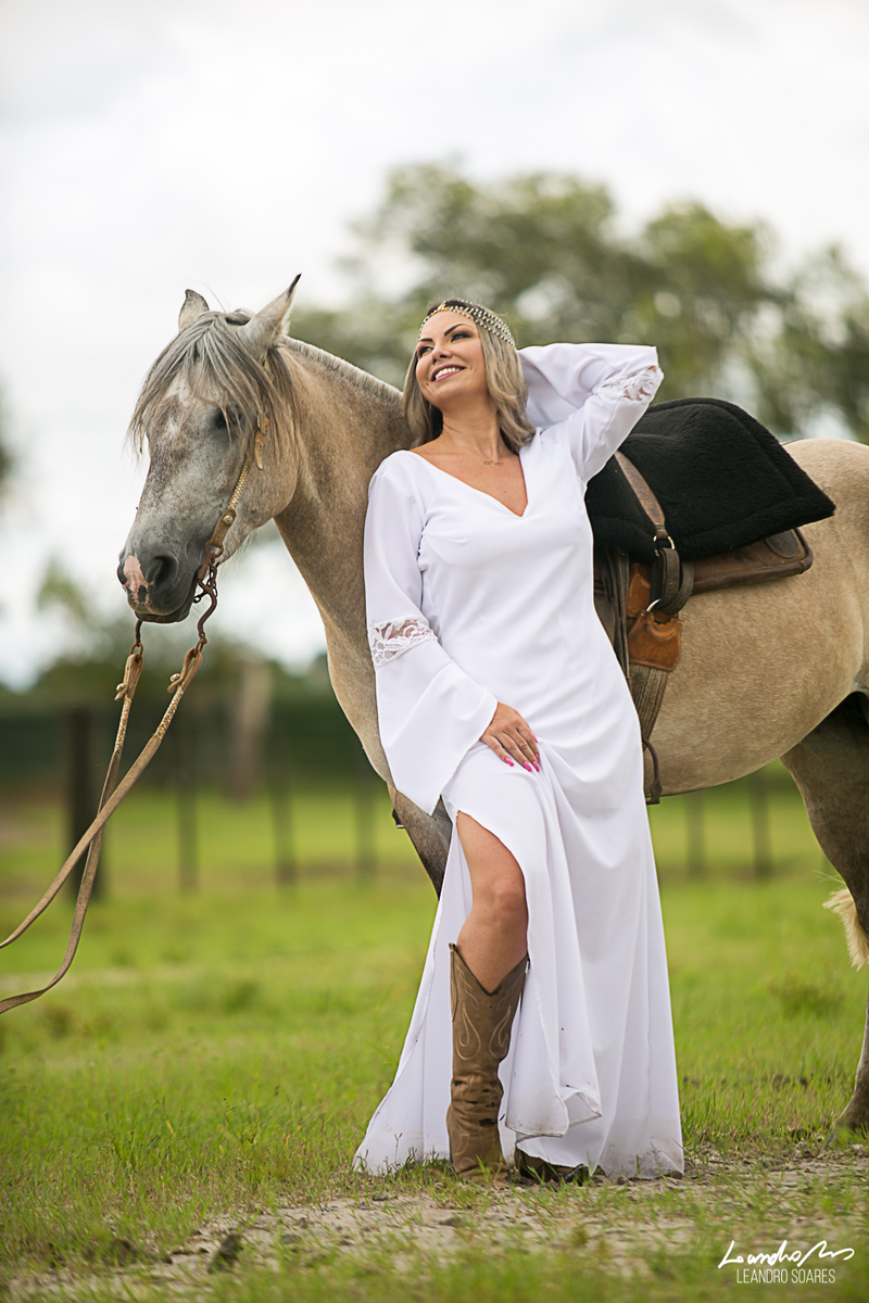 Dicas da Kaqui, Kaquinale Ferreira, Ensaio com cavalos, ensaio joinville, fotografo joinville, leandro soares, leandro soares fotografia, casamento joinville, fotografia de casamento