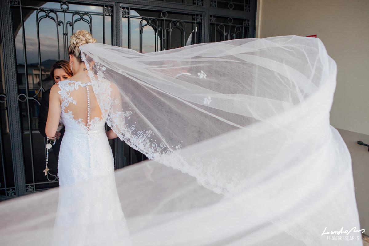 foto veu e noiva