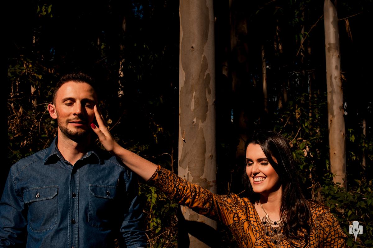ensaio pré casamento com fotos muito espontâneas