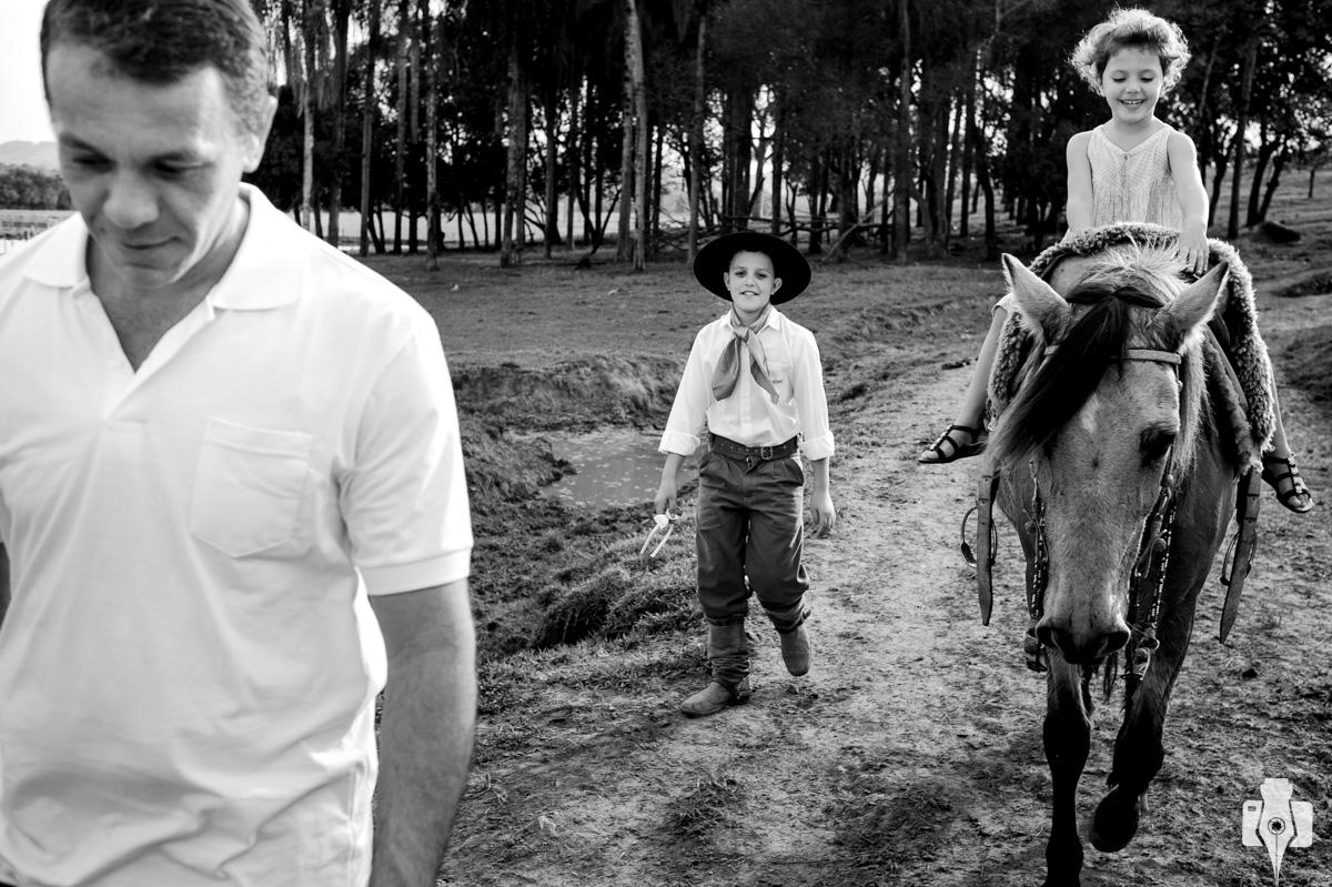 ensaio externo com cavalos