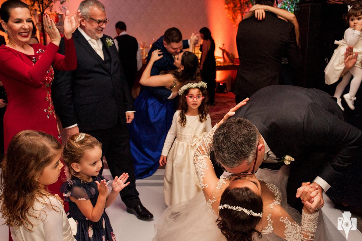 dança dos noivos emocionante