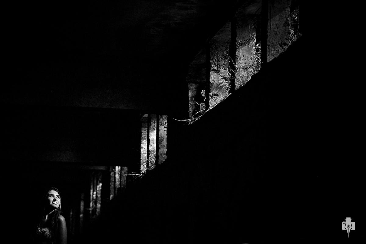 ensaio de 15 anos de paola na ruinas em canela rs
