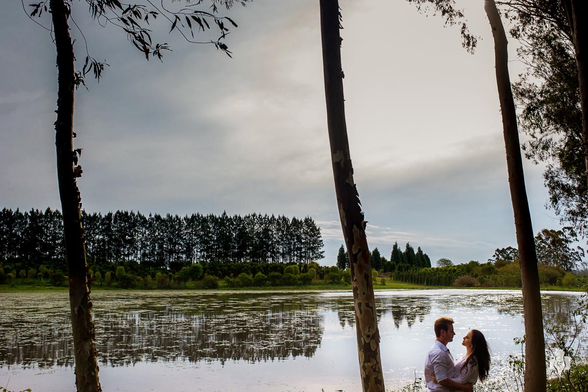 ensaio de casal pre casamento em floricultura no rio grande do sul