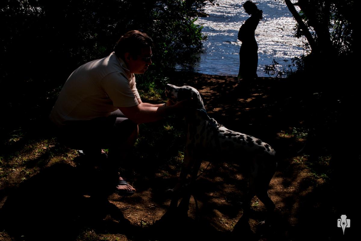ensaio de gestante com cachorro a espera de joao no passo da ilha