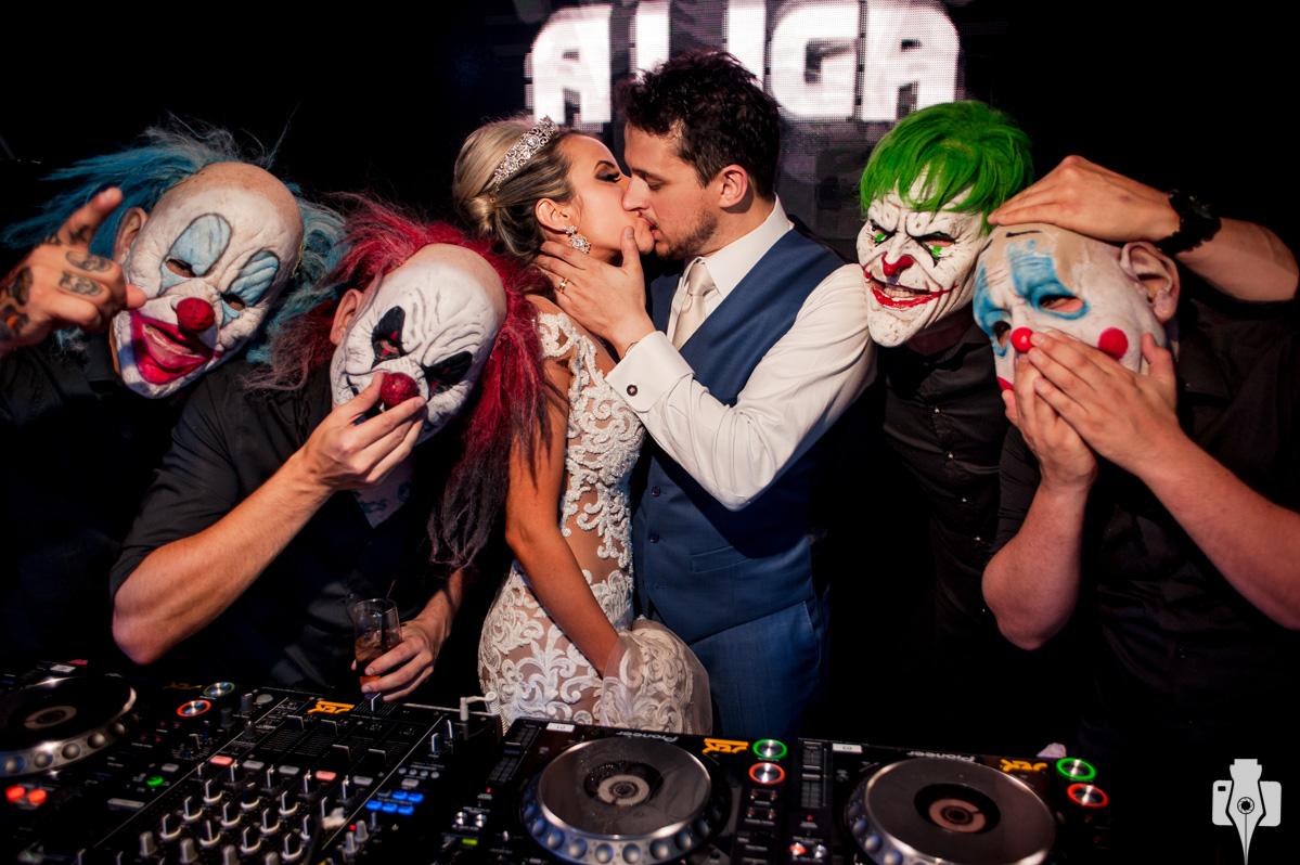 casamento com djs mascarados