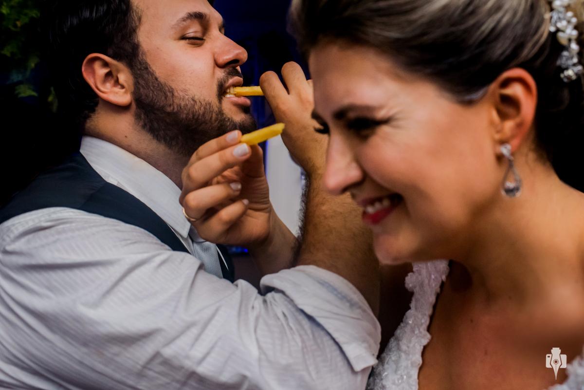 casamento catolico de bigui e vini com decoracao de magda della nina no restaurante pouso novo em igrejinha rs