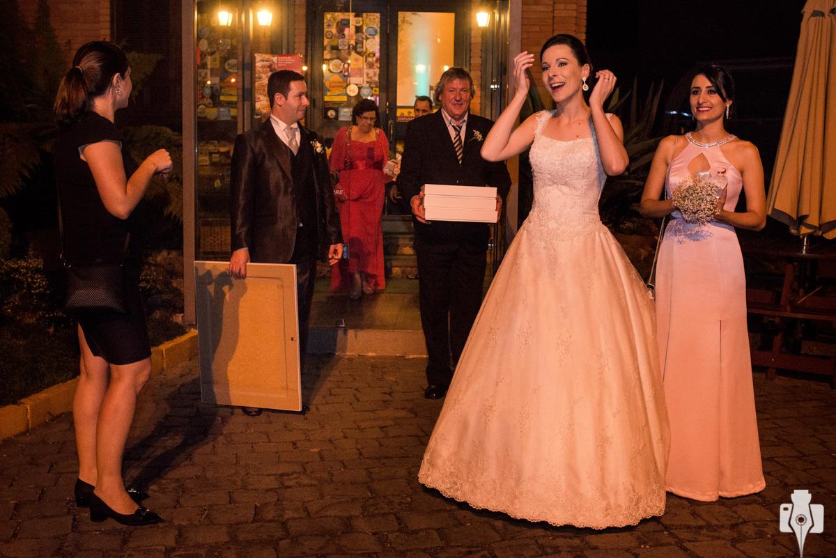 fotógrafo que fica até o final do casamento