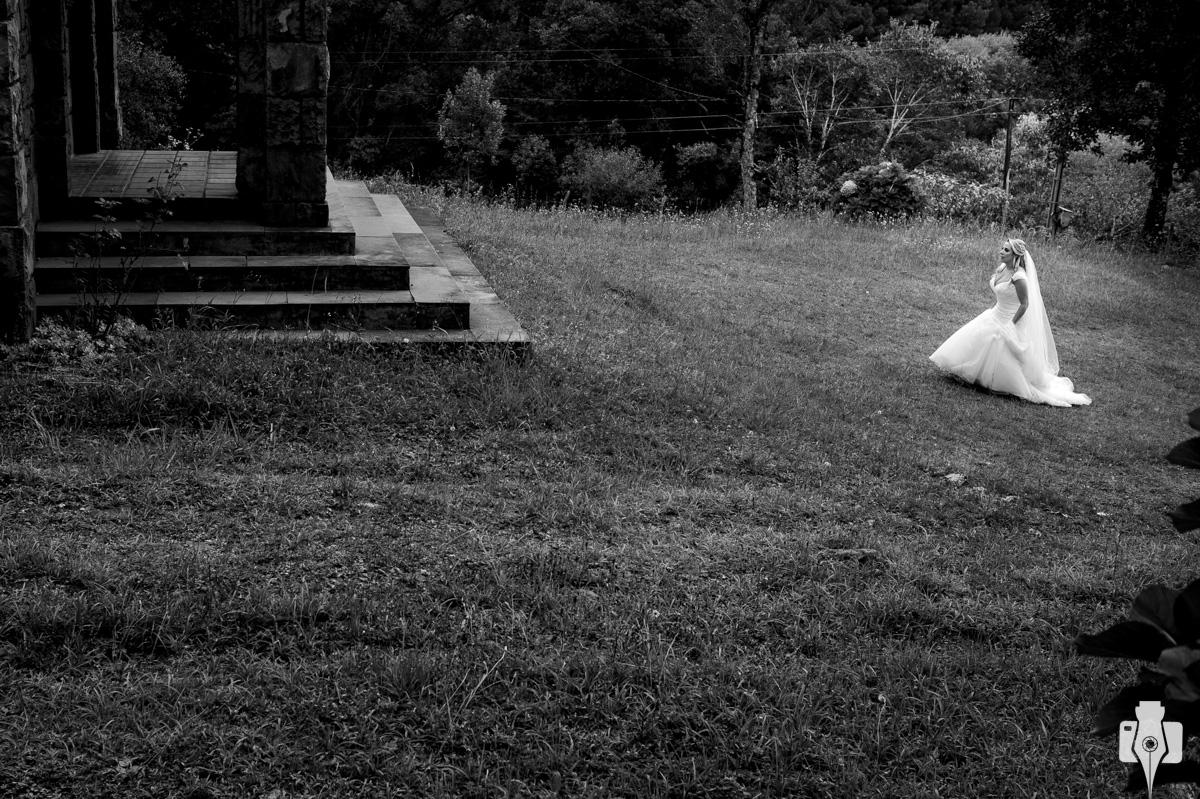 fotos de noiva em igreja de interior de canela