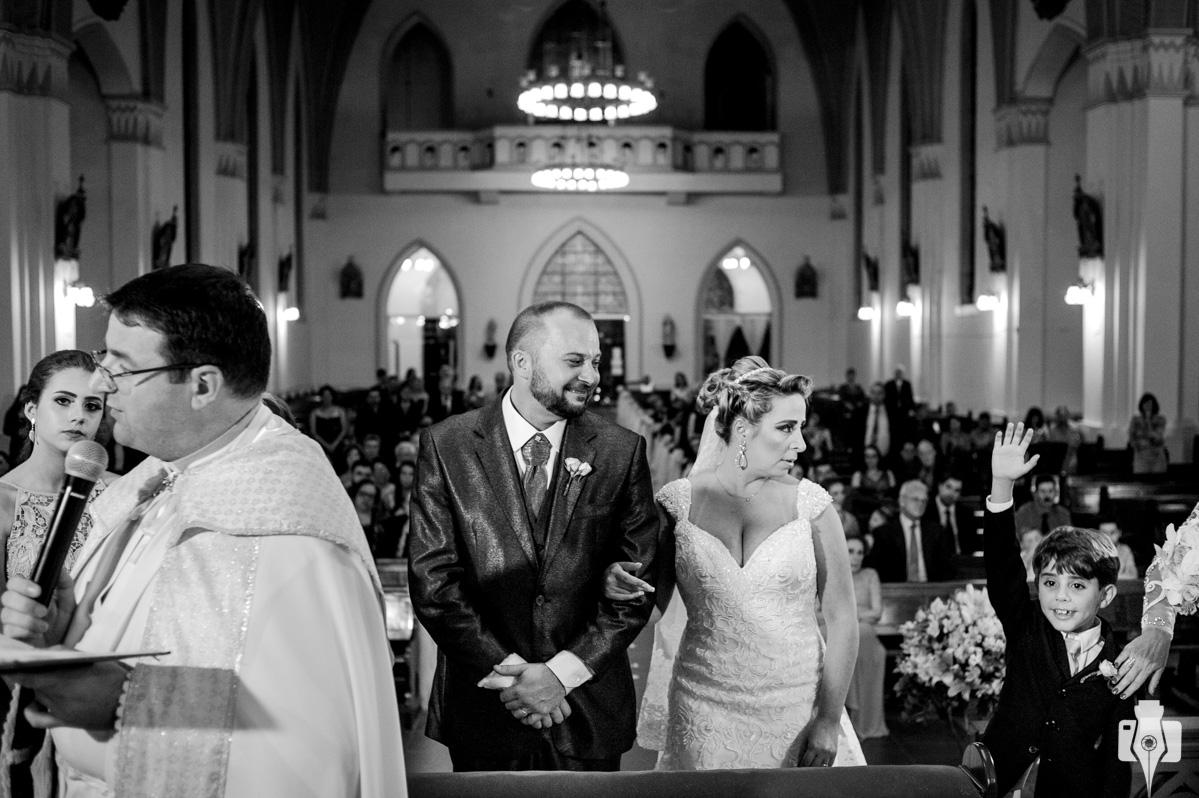 fotos de casamento religioso na igreja de canela