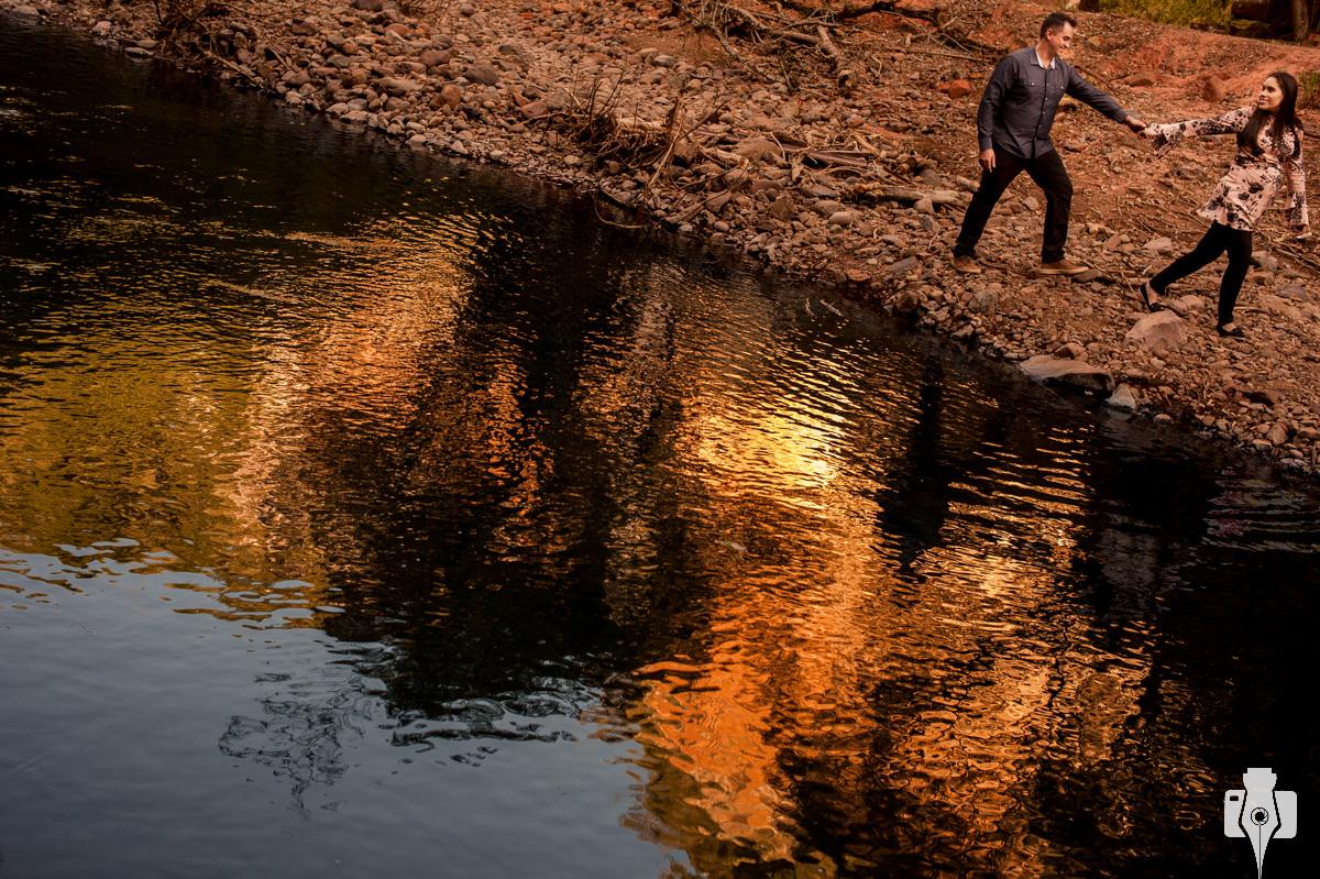 fotografia de gestante na cascata do chuvisqueiro