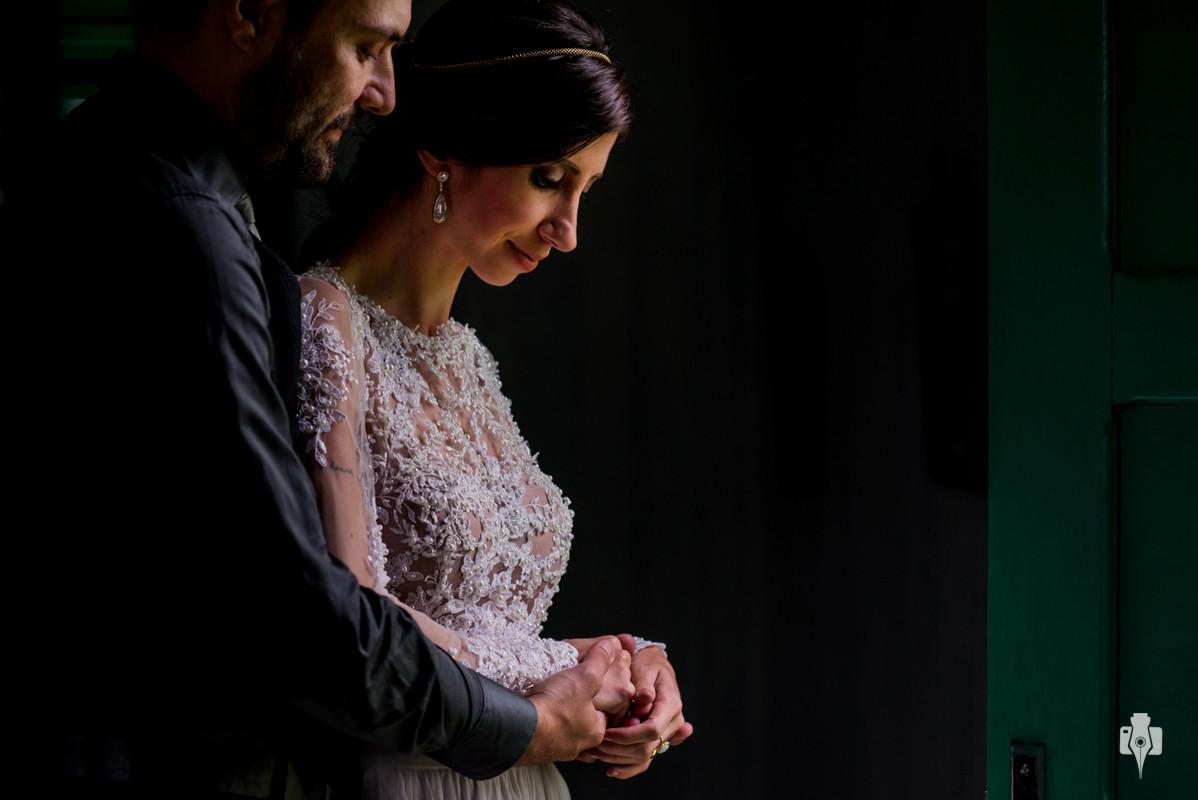 trash the dress de lariz e dudiz em sao francisco de paulo rs ensaio de casal em igreja