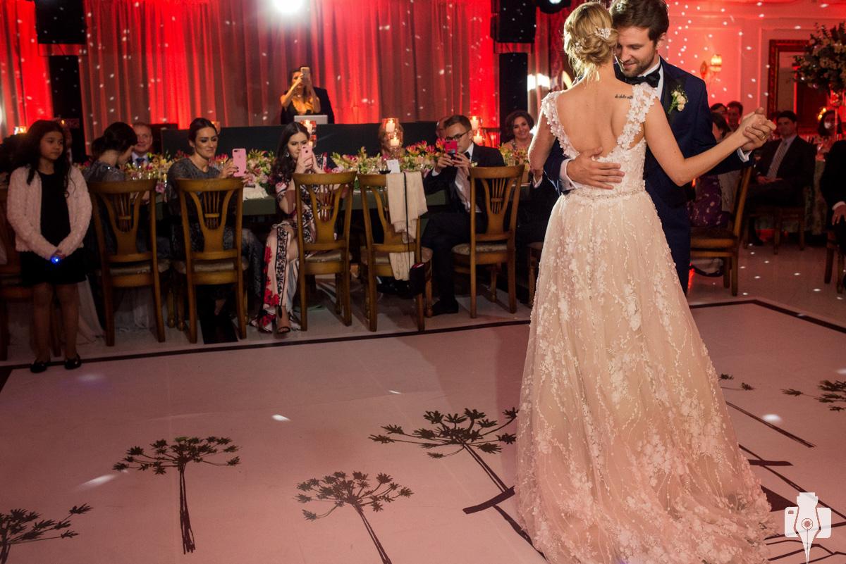 fotos da danca dos noivos