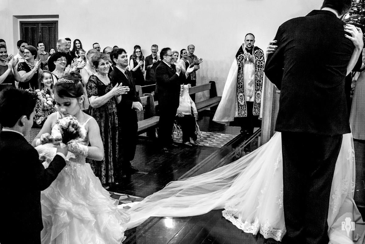 casamento tainara e josué cerimônia de católicos recepção no CTG