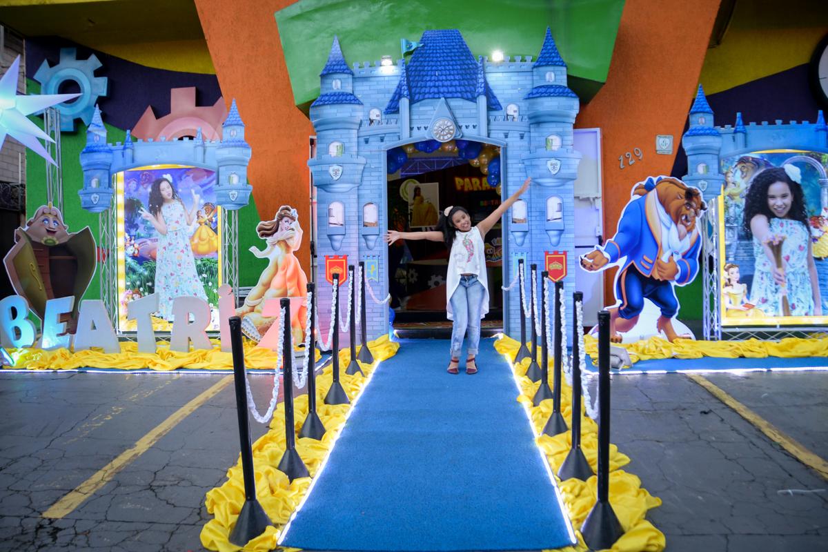castelo da princesa no Buffet Fábrica da Alegria, Morumbi,SP, festa infantil aniversário de Beatriz 9 anos, tema da festa A Bela e a Fera
