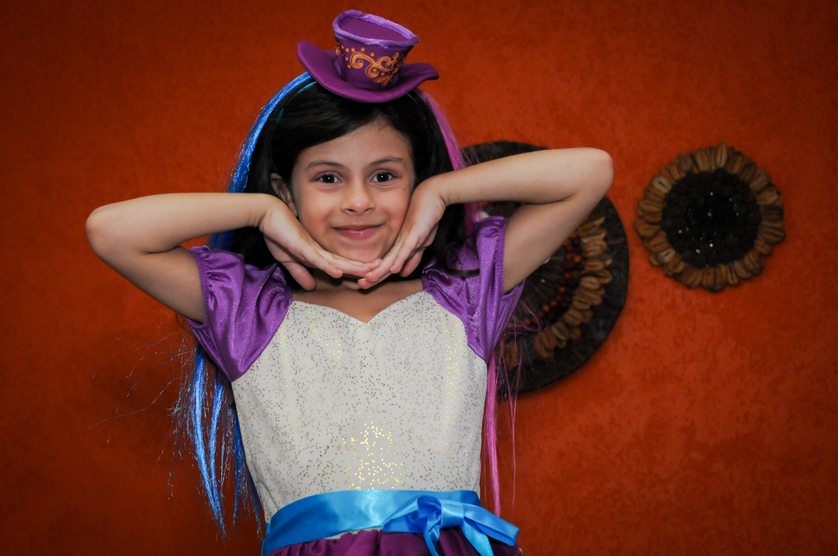 preparando para o parabéns no Festa infantil, Buffet Fábrica da Alegria, aniversário de Laínia 7 anos, tema da festa Monster High