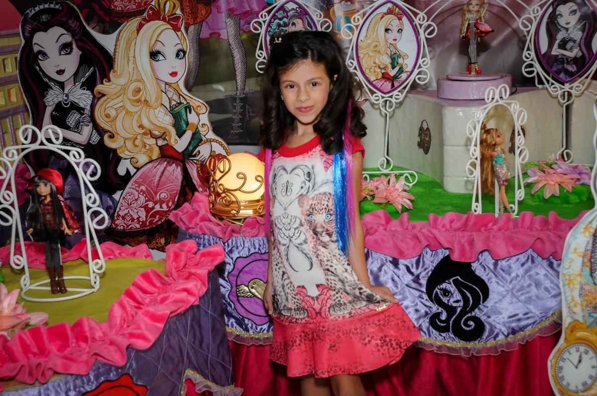 pode para a foto no Festa infantil, Buffet Fábrica da Alegria, aniversário de Laínia 7 anos, tema da festa Monster High