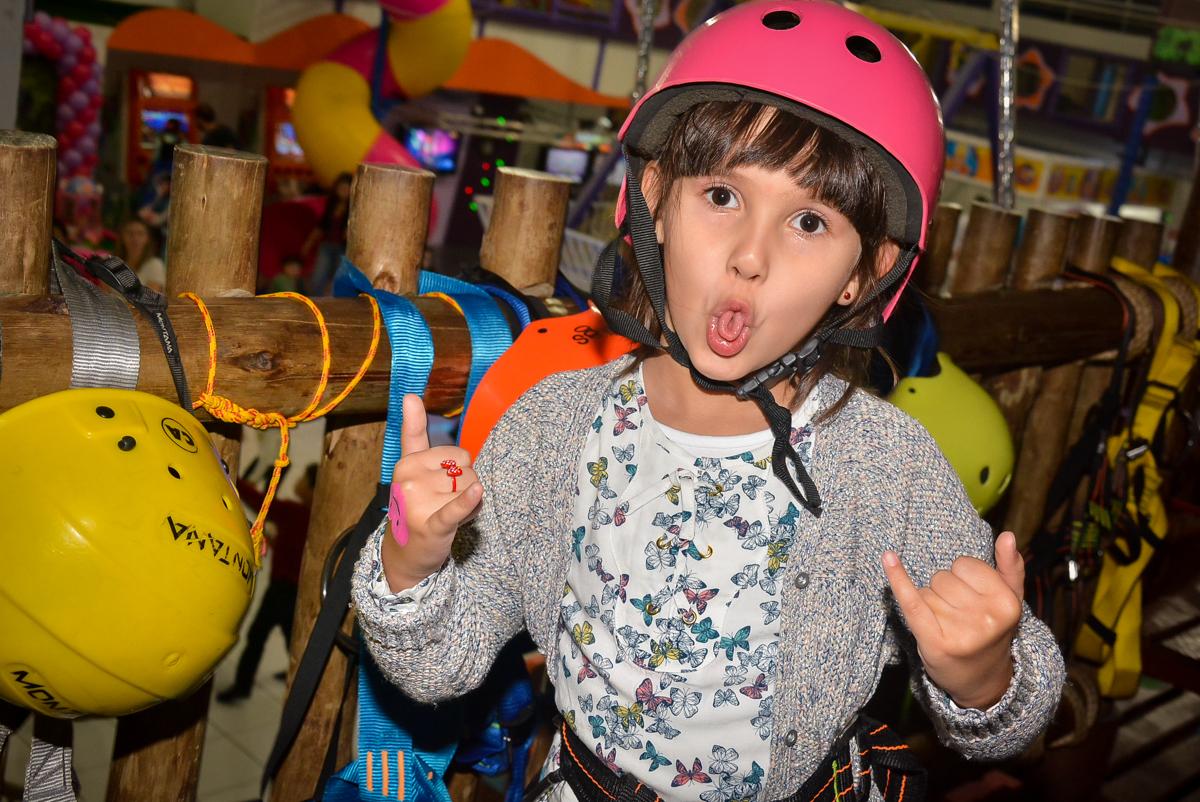 careta-para-fotografia-no-buffet-magic-joy-saude-sao-paulo-sp-fotografia-infantil-aniversario-de-isadora-6-anos-tema-da-festa-rapunzel
