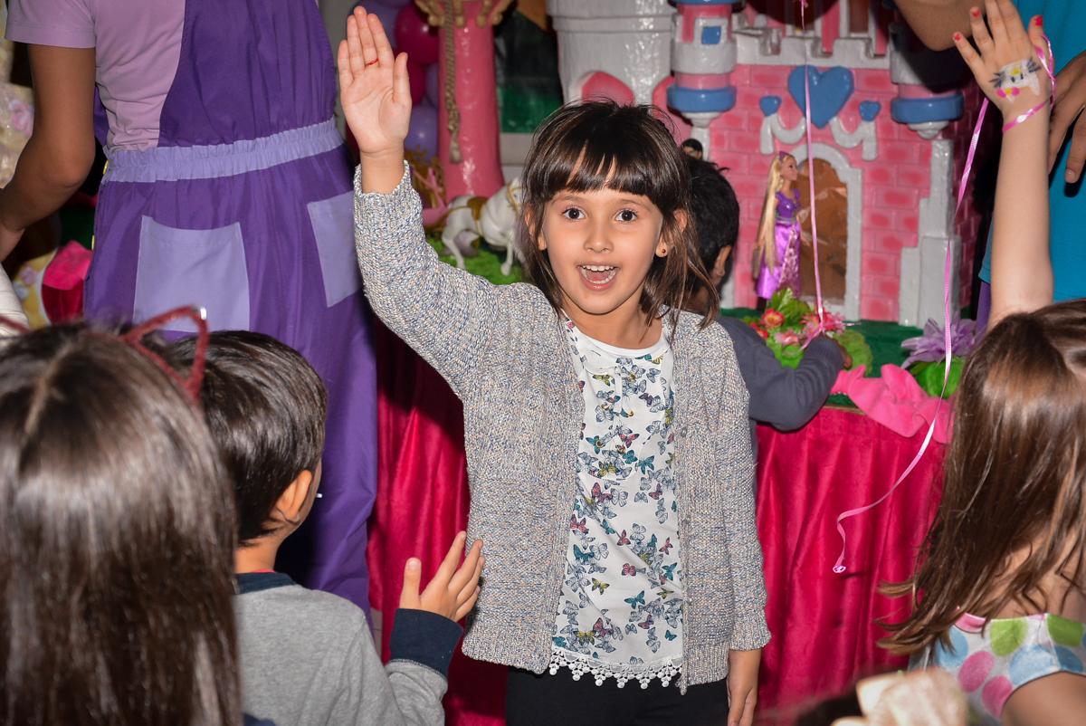 bagunça-na-balada-no-buffet-magic-joy-saude-sao-paulo-sp-fotografia-infantil-aniversario-de-isadora-6-anos-tema-da-festa-rapunzel