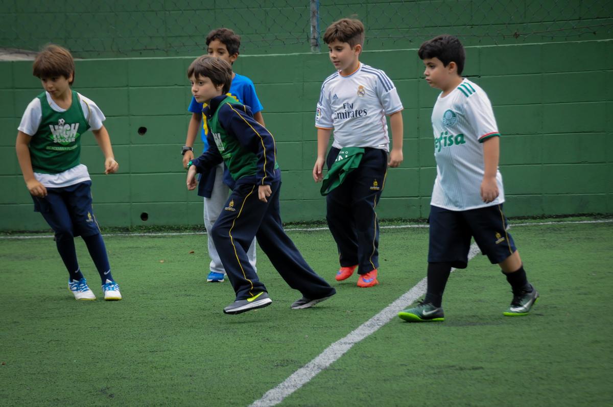 começou-0-jogo-no-Buffet-High-Soccer-Morumbi-São-paulo-SP-festa-infantil-aniversário-de-Felipe-8-anos-tema-da-festa-futebo