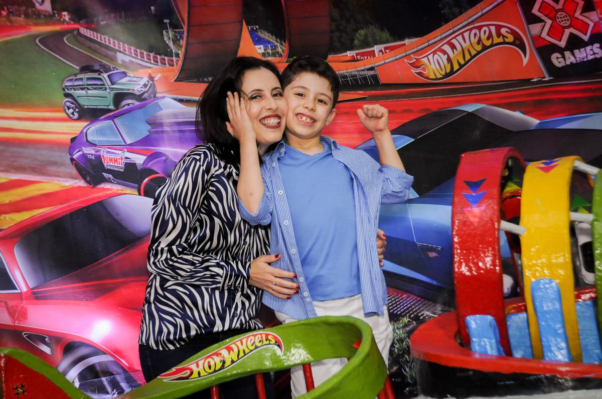 fotografia mae e filho no buffet balaktoon, sao paulo, sp