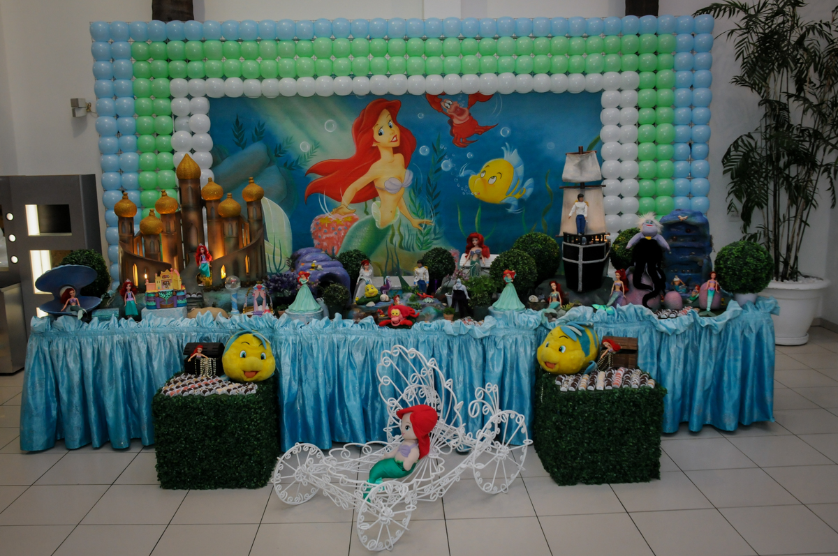mesa decorada ariel no buffet comics,são paulo,sp