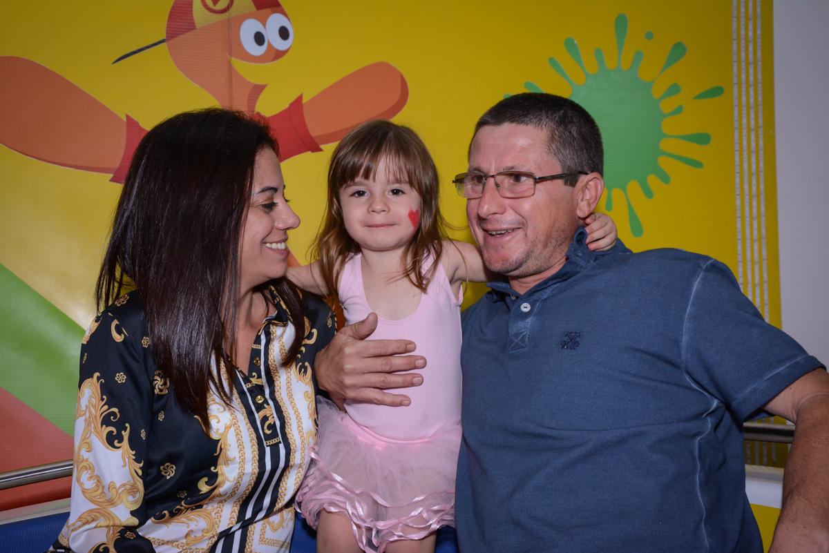 fotografia da família no Buffet Espaço Play, Osasco, São Paulo