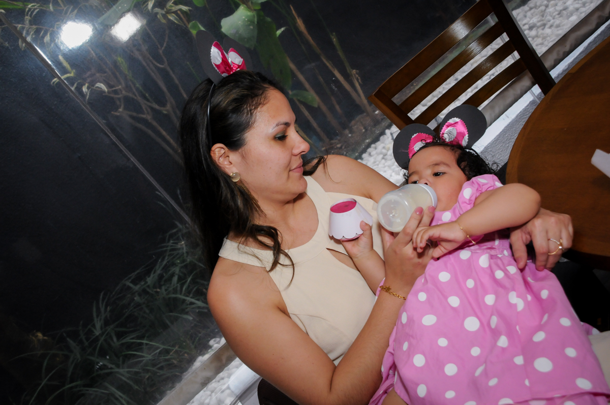 final da festa no Buffet Comics, Morumbi, São Paulo, SP, aniversario de Giovanna 1 aninho, tema da festa, minie rosa